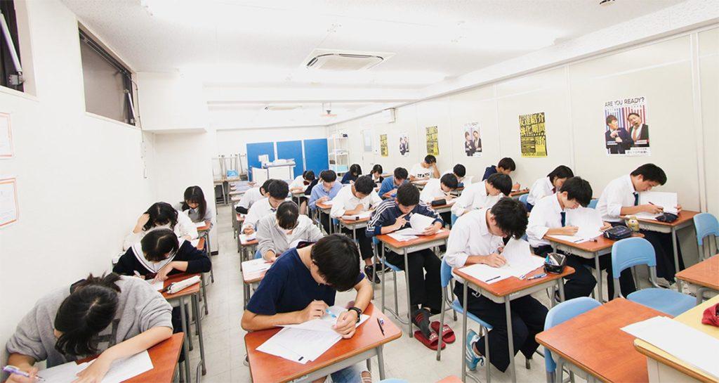 受験勉強に憂き身をやつす